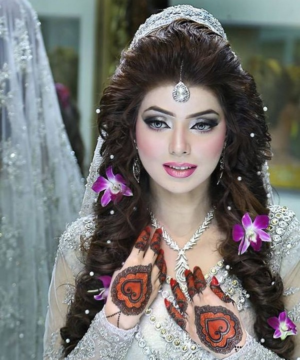 new indian hair style 15 stylish indian bridal hairstyles that looks for 7846