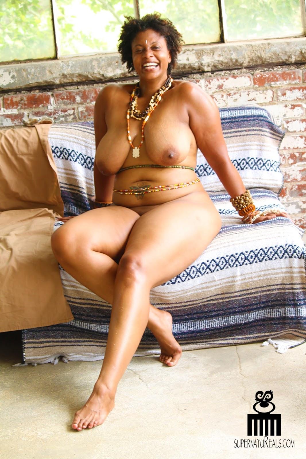 Ebony granny porn pics