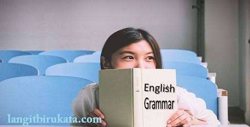 Pentingkah Mempelajari Grammar?
