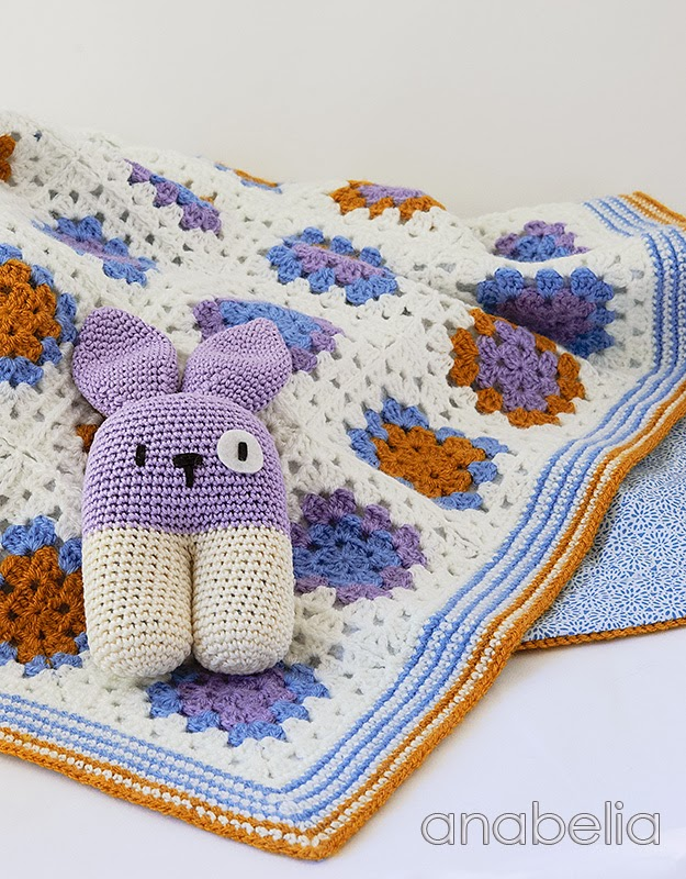 Crochet baby blanket and bunny rattle by Anabelia