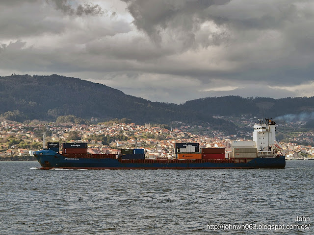 fotos de barcos, imagenes de barcos, x-press monte cervino, container ship, containero, vigo