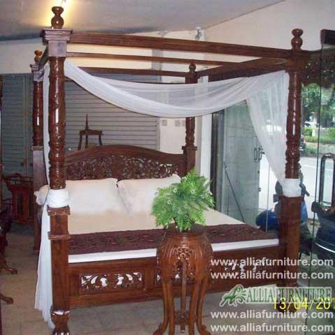 tempat tidur ukiran kanopi rahwana ratu