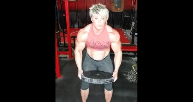 Clip an accomplished female bodybuilder