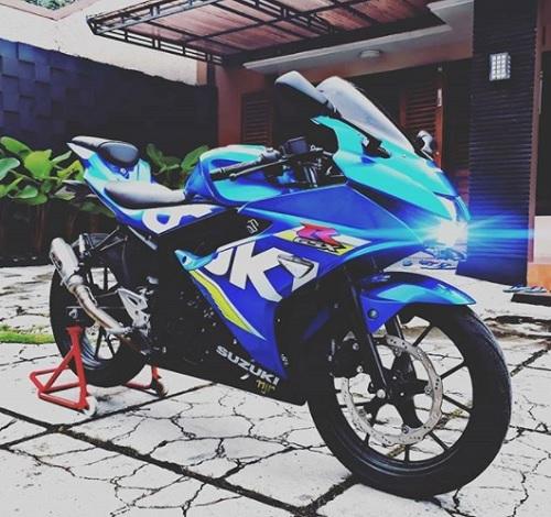 Modifikasi Suzuki GSX R 150 Baru