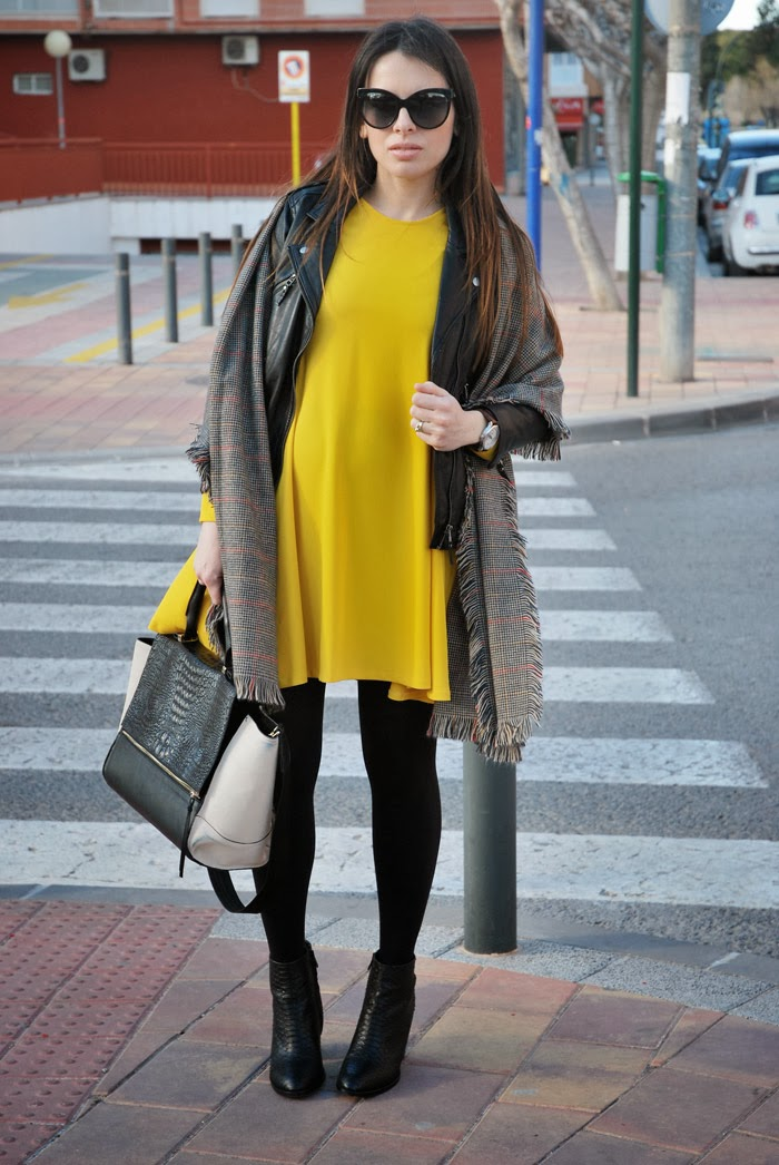 Yellow Dress StreetStyle