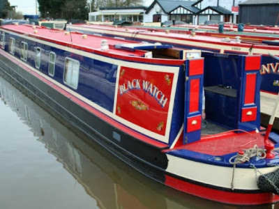 Shared narrowboat news
