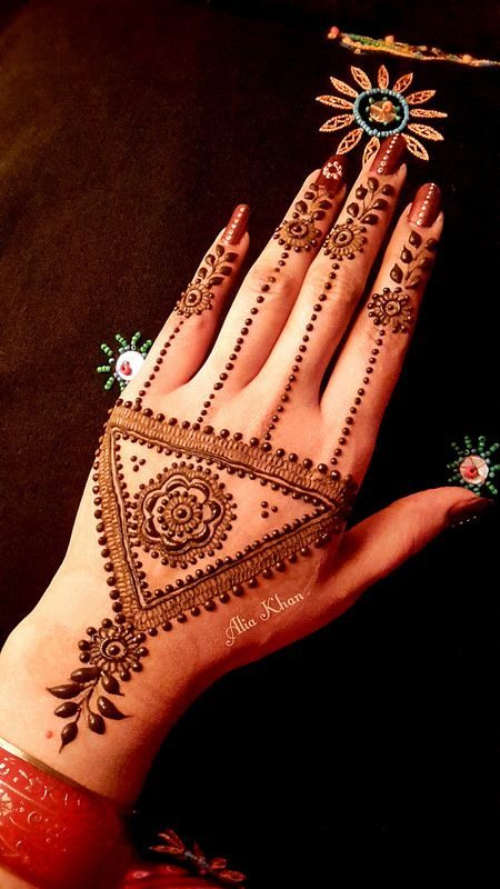 Moroccan Mehndi Patterns : Gorgeous moroccan mehndi designs to try bling sparkle