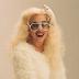 FOTOS HQ: Nuevas imágenes de Lady Gaga en las grabaciones del video 'Bad Romance' (2009)