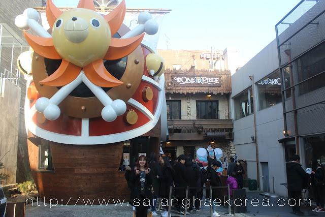 Hang Out at Café De One Piece(원피스 카페) in Hongdae