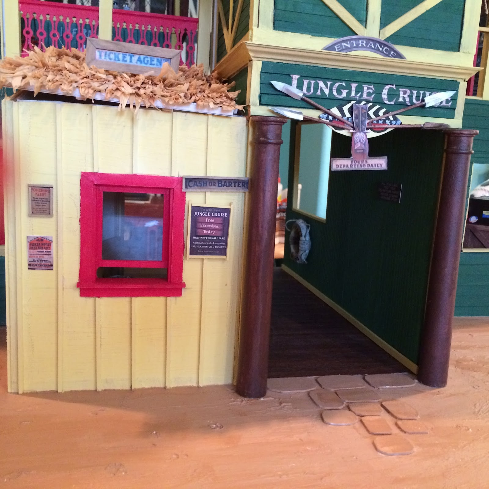 Gorgeous Little Things Jungle Cruise Boathouse Tour Pic Heavy