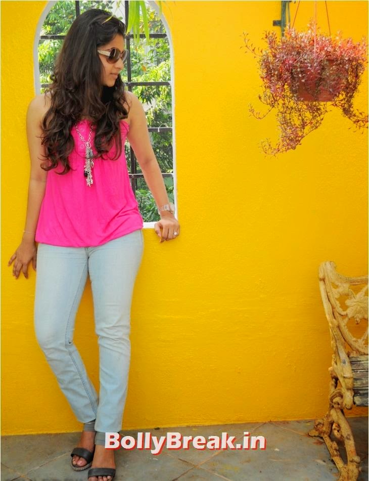 Tanya Y141: Images Of Kanchi Singh In Jeans
