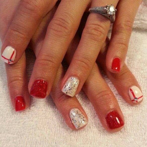 Christmas Nail Art With Gel Polish: Acrylic Nails With Some Pedicure In Sequence