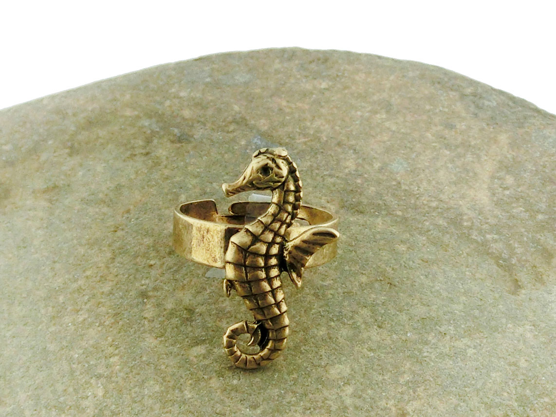 LAVISHY handmade vintage style lobster adjustable ring