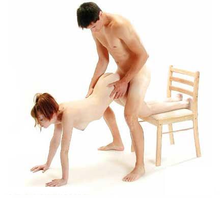 это теперь сначала секс на стуле потом на полу вот чему