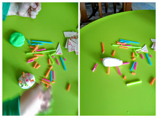 play with play dough and straw