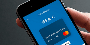 Card payment through a smartphone