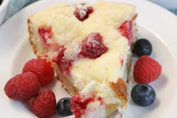 Raspberry Cream Cheese Coffee Cake Recipe