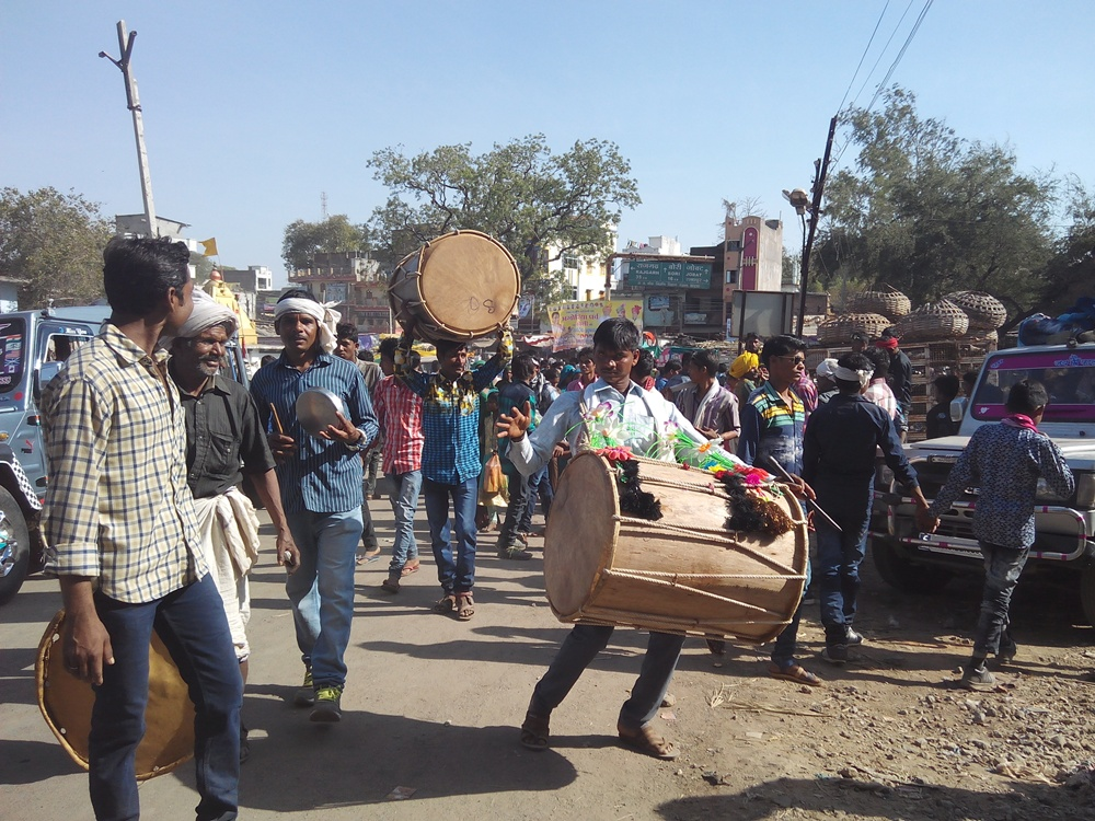 bhagoria-festiwal-para-jhabua-पारा के भगौरिया में उमडा जनसैलाब