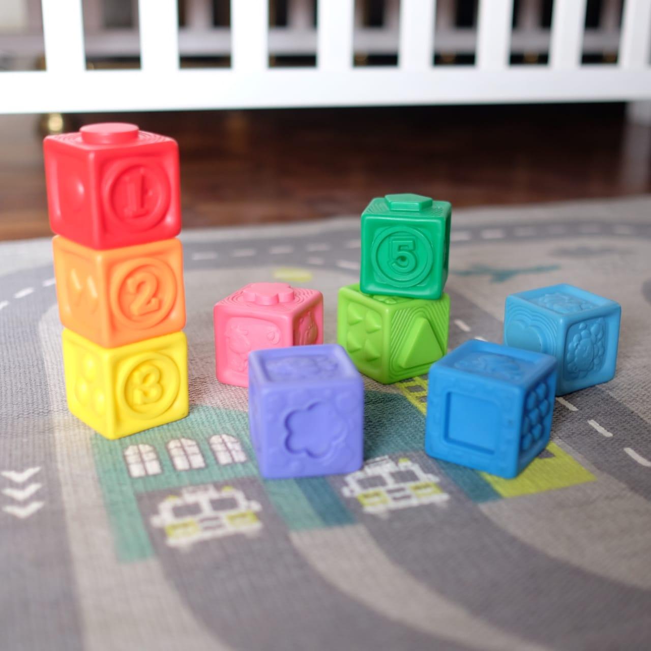 stacking rubber blocks