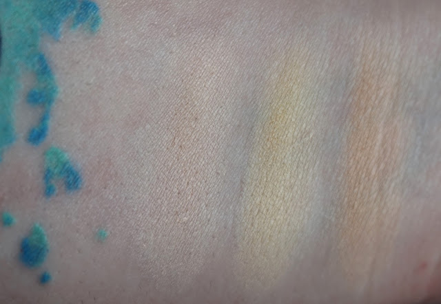 Swatch Shade + Light pale skin