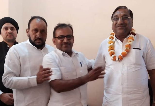 Dilbag Narwal became the district president of Jajpa Business Sal Faridabad