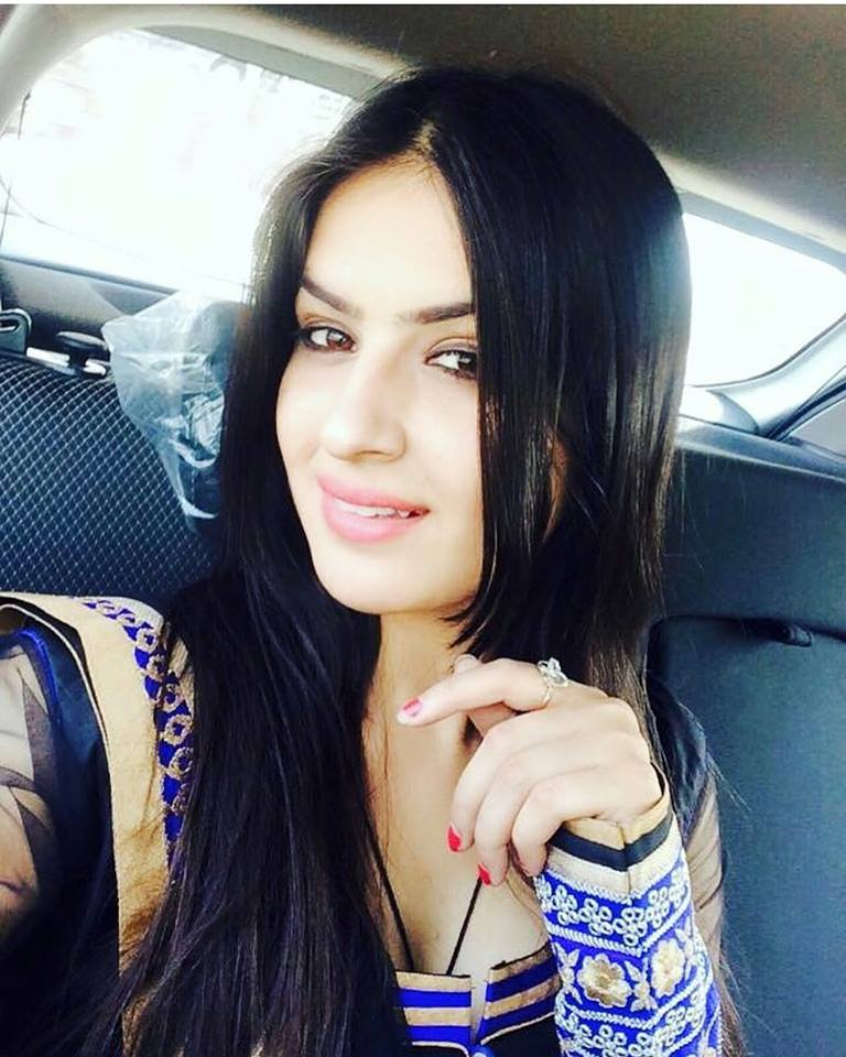 Aman Hundal Punjabi actress and Model Gallery