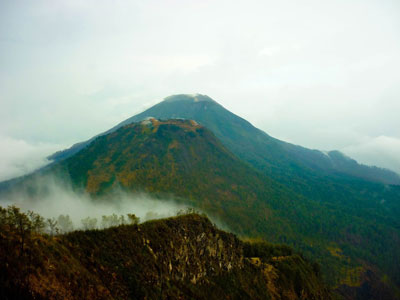 Misteri Dibalik Keindahan Gunung Arjuno