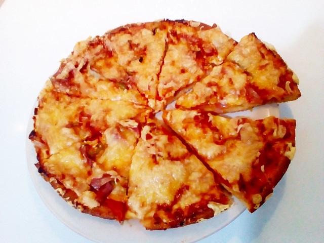 afrati-spitiki-pitsa-me-zymi-image