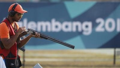Asian Games 2018 - Indian Shooter Lakshay Sheoran wins Silver in Men's Trap