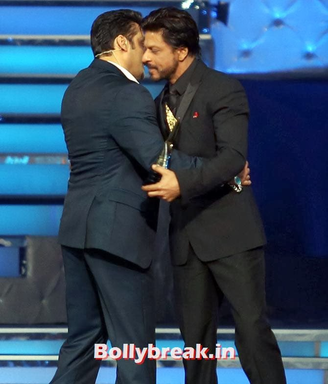 Salman Khan and Shah Rukh Khan, Star Guild Awards 2014 Pictures
