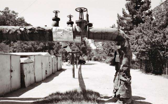 Ouzbékistan, Boukhara, tuyaux, © Louis Gigout, 1999