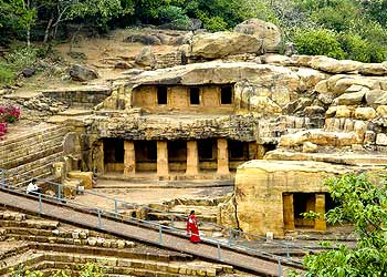 Udaygiri and Khandagiri Caves4