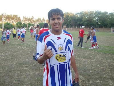 6bfc79ab1 CURTINHA  Atacante ex-seleção de Itaberaba faz sucesso nos campeonatos do  oeste baiano