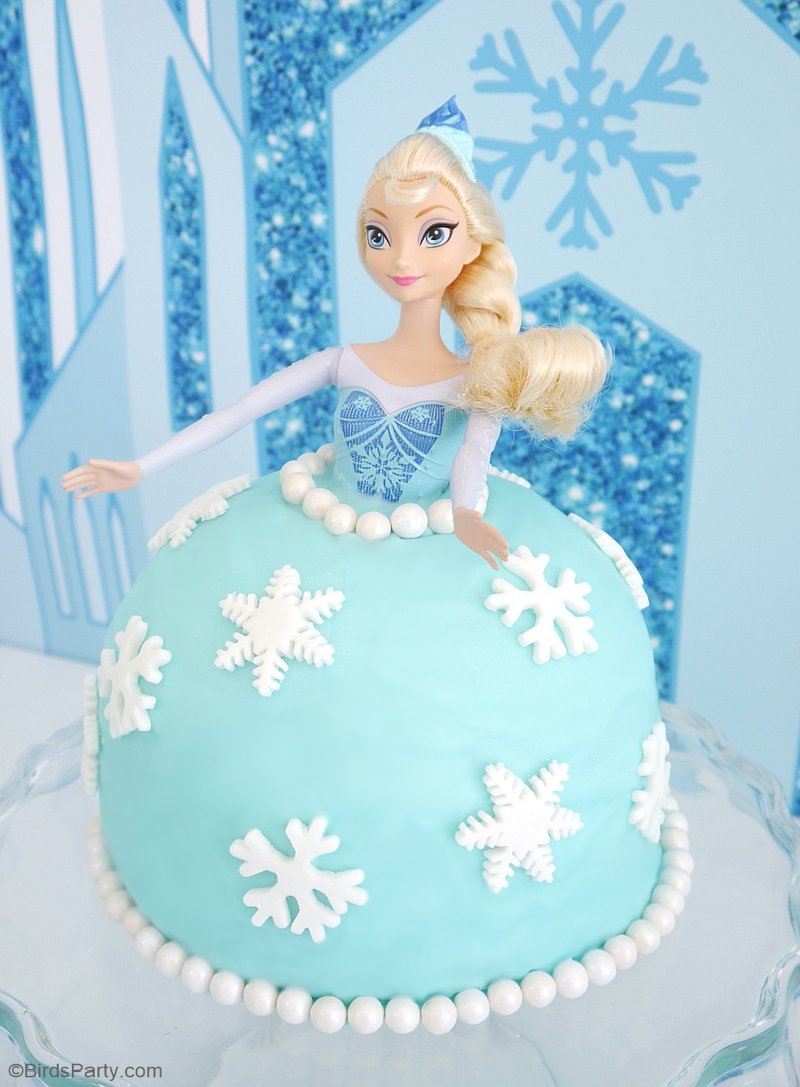 Un Gâteaux DIY Poupée Elsa Reine des Neiges - apprendre en vidéo comment faire un gâteaux facile et super jolie pour l'anniversaire d'un petite fille! | BirdsParty.fr
