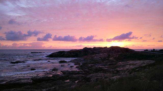 camino-de-santiago-monacal-a-guarda-puesta-de-sol-womantosantiago
