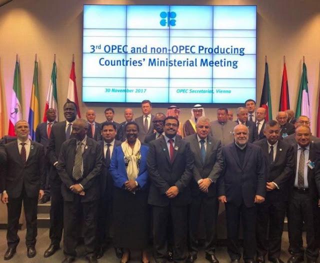 Países petroleros mantendrán recorte en la producción hasta diciembre de 2018