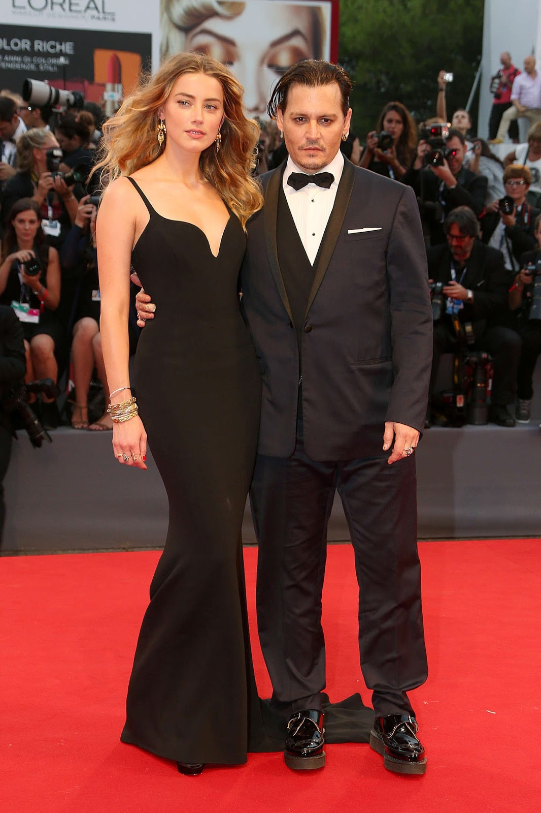 Amber Heard and Johnny Depp are stunning at the 'Black Mass' Venice premiere
