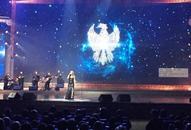 """Την """"Πατρίδα μ' έχασα"""" από την Μελίνα Ασλανίδου στο Κρεμλίνο στη Μόσχα (Video)"""