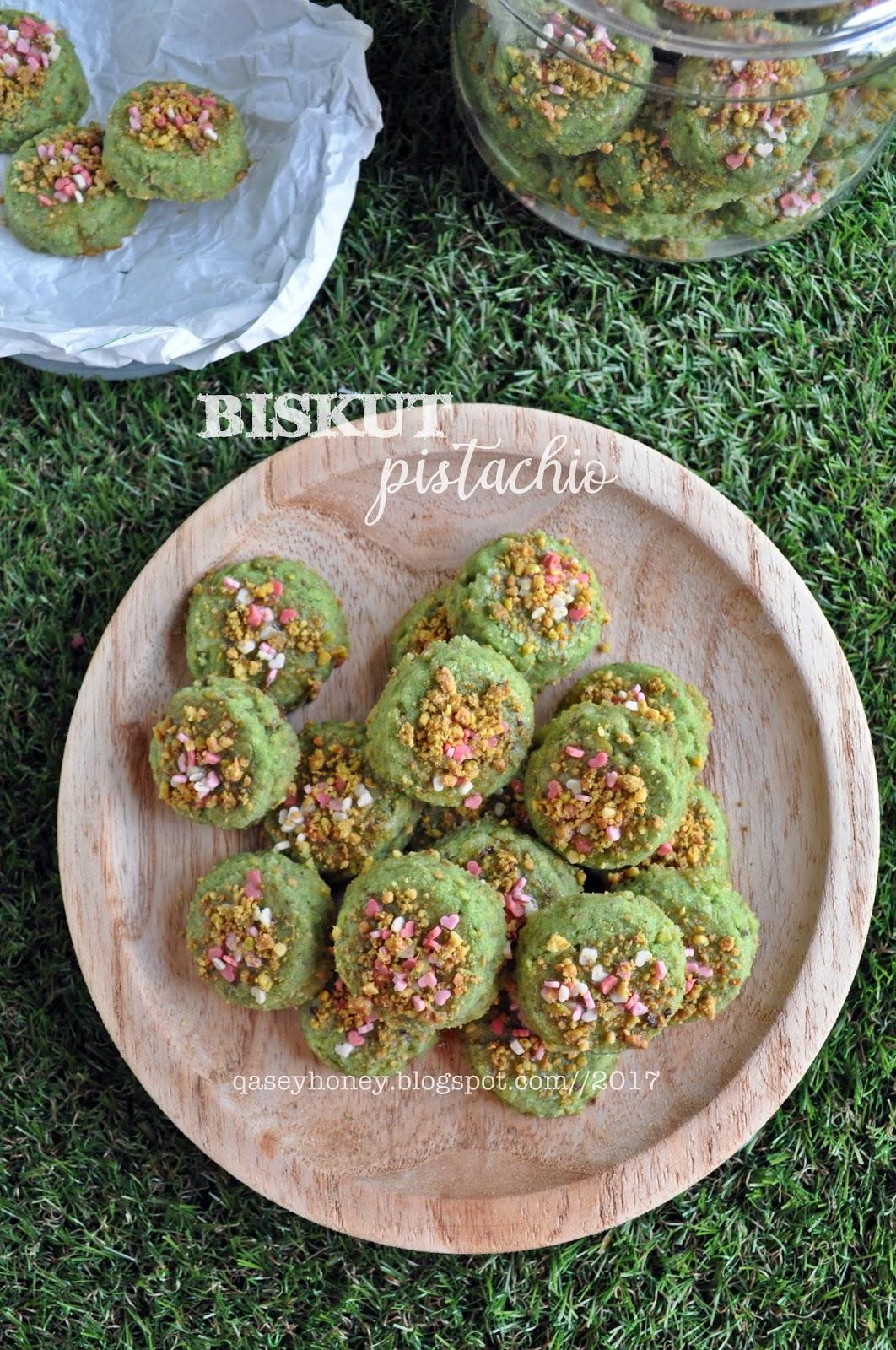 BISKUT PISTACHIO   QASEY HONEY   Kacang pistachio, Resep masakan, Kue kering