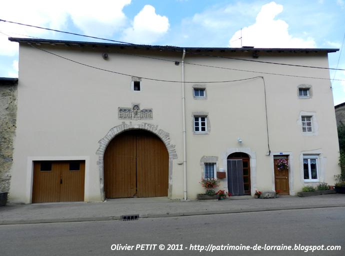AROFFE (88) - La Maison au Retable (XVIe siècle)