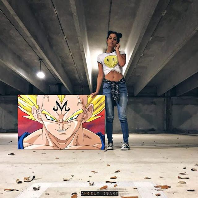 Sexy chica es especialista en pintar a Dragon Ball