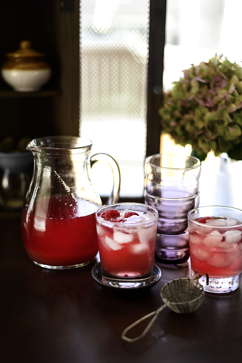 Hibiscus Raspberry Lemonade Iced Tea by Simi Jois