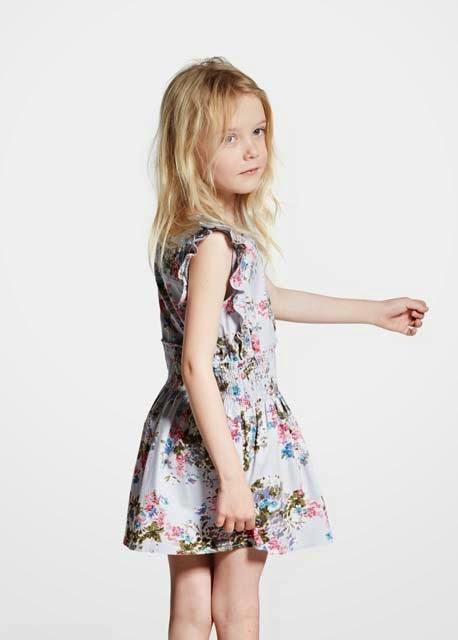 b09a043dff63c Neler yok ki Mango 2015 kız çocuk koleksiyonunda; dantelli koton elbiseler,  tül etekli elbise modelleri, çizgili elbiseler, nakışlı elbiseler,  fırfırlılar, ...