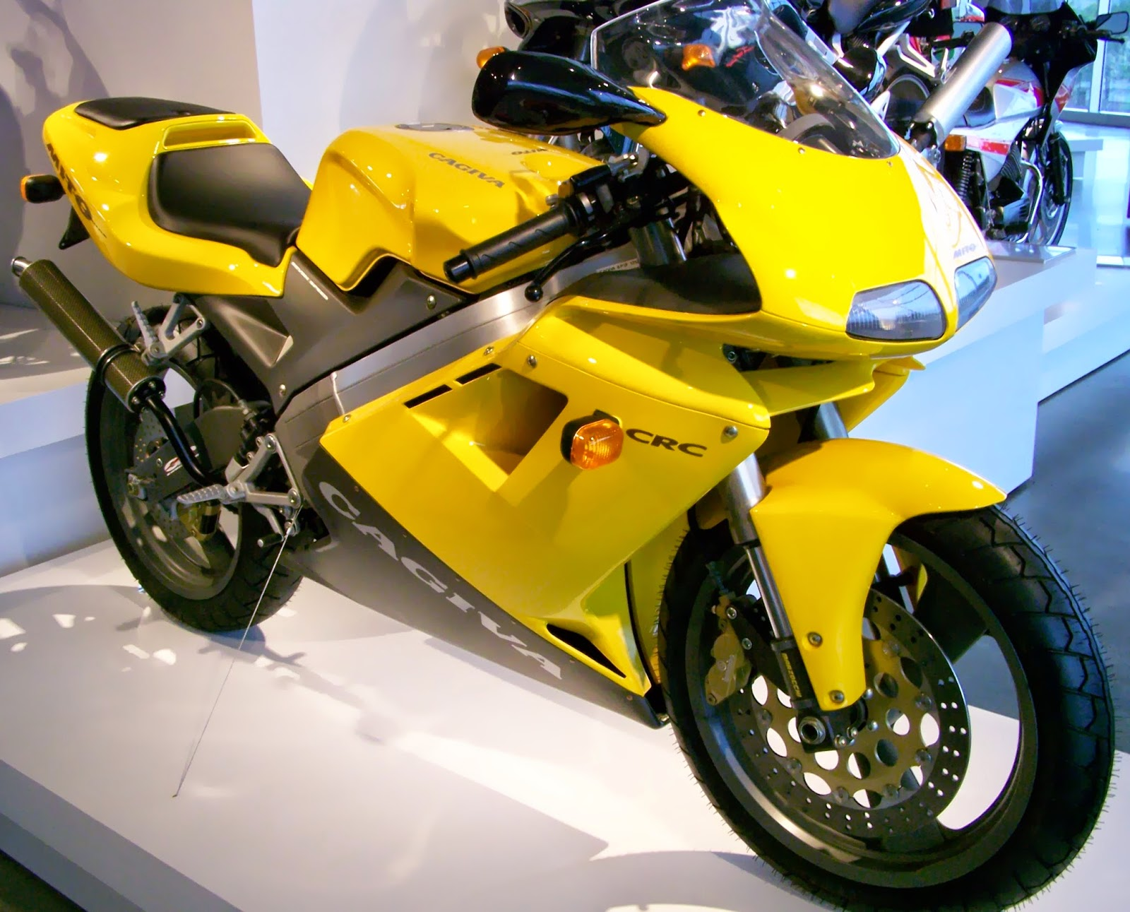 cagiva mito 125 cagiva mito 125 evo 1 history technical details specs. Black Bedroom Furniture Sets. Home Design Ideas