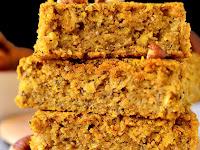 Maple Pumpkin Oatmeal Breakfast Bars