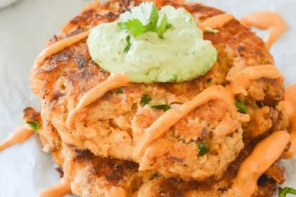 Easy Keto Salmon Cakes