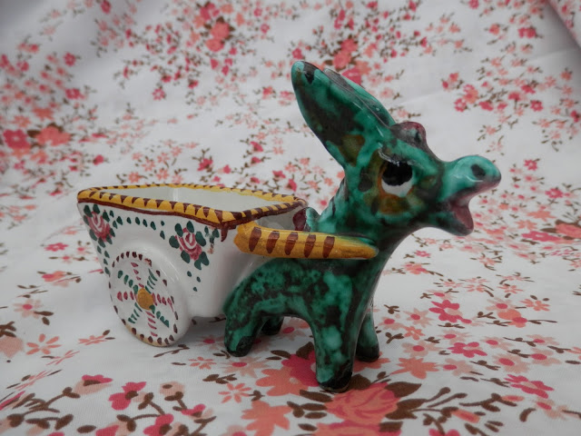 Charity shopped retro animals, whimsies, donkey and Hornsea Fauna deer vase.  secondhandsusie.blogspot.co.uk #charityshopblogger