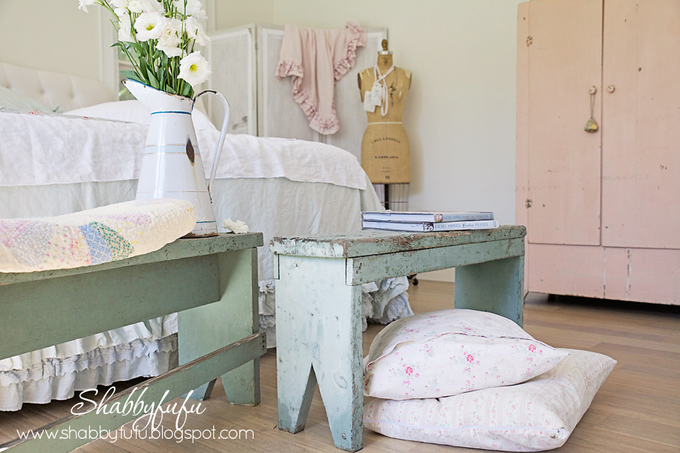 shabby chic couture decorating