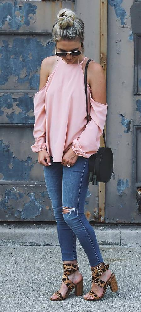 cute outfit idea: top + rips + bag + heels