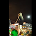 Fã joga cerveja em Marília Mendonça e leva bronca: 'Jogue na sua avó'
